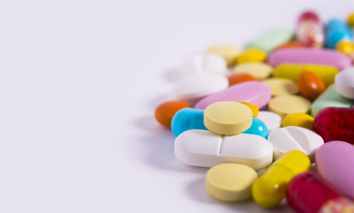 pile of pills with different shapes and colours