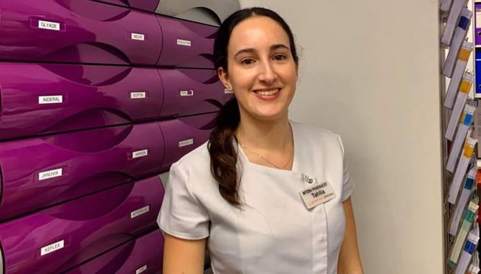 Tahlia Parisella set up a penpal program between patients at the pharmacy and a local primary school.