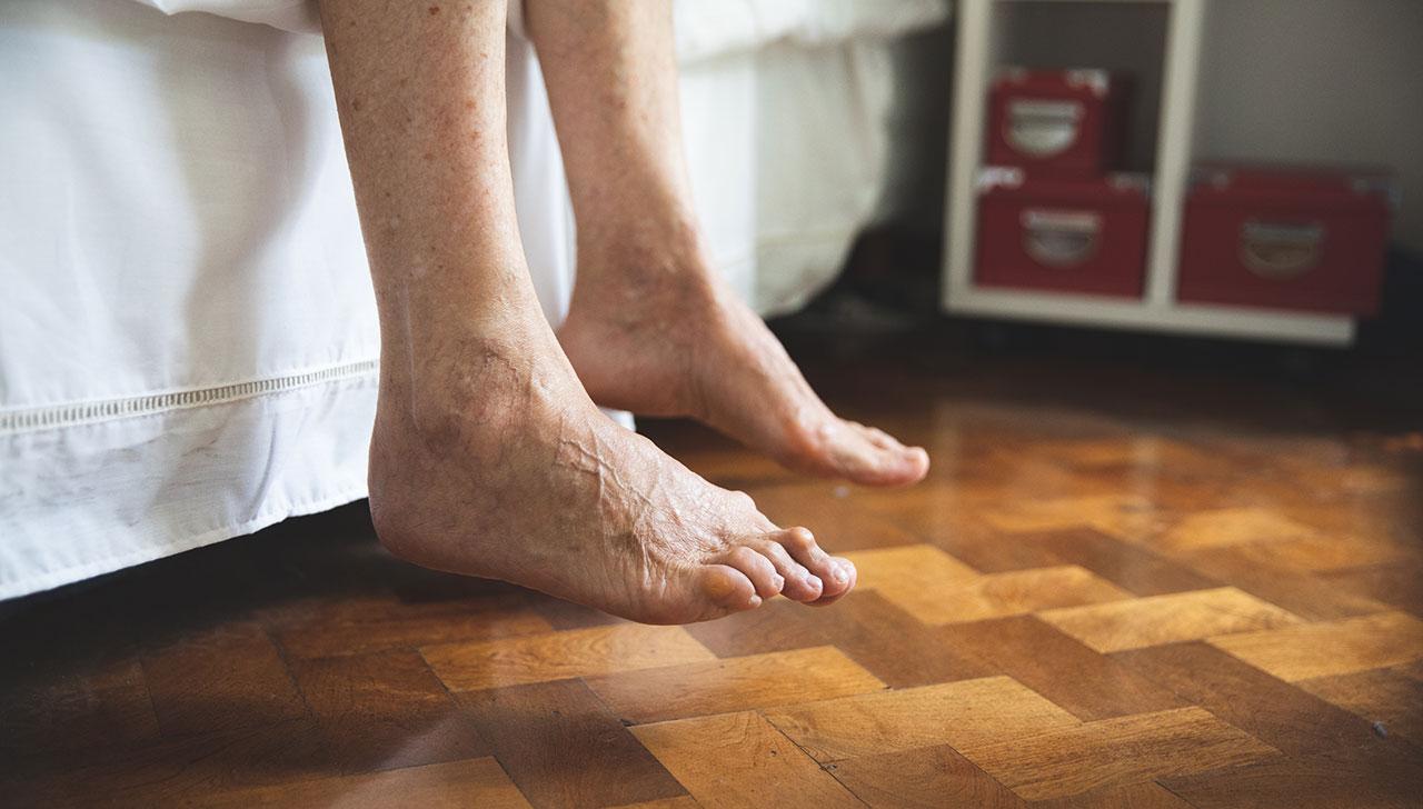 Lisa bitter feet